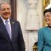 Presidente Danilo Medina entrega Premio Nacional de Periodismo 2018 a Carmenchu Brusiloff