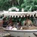 Ilesos pasajeros de la atracción de Disney Jungle Cruise tras hundirse embarcación
