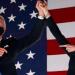 Biden y Harris homenajean a los 400.000 muertos por la pandemia en EE.UU.